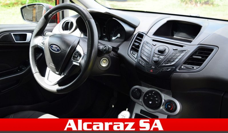Ford Fiesta lleno